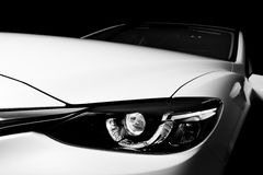 Nowożytny luksusowy samochodowy zakończenia tło szczegóły Fotografia Royalty Free
