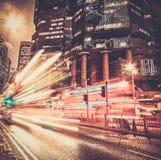 Nowożytny miasto przy nocą zdjęcie stock