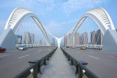 Nowożytny most obrazy stock
