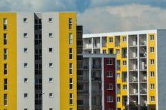 Nowożytny, nowy i elegancki żywy blok mieszkalny, Fotografia Stock