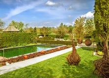 Nowożytny ogród zdjęcia stock