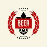 Nowożytny piwny napój odizolowywający rzemiosło loga wektorowy znak dla browaru, pubu, brewhouse lub baru, Zdjęcie Royalty Free