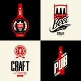 Nowożytny piwny wektor odizolowywający rzemiosło napoju loga znak dla baru, pubu, browaru lub brewhouse, Zdjęcie Royalty Free