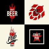 Nowożytny piwny wektor odizolowywający rzemiosło napoju loga znak dla baru, pubu, browaru lub brewhouse, Zdjęcia Royalty Free