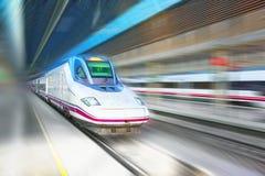 Nowożytny prędkość pociąg pasażerski w ruchu ruchu, Fotografia Stock