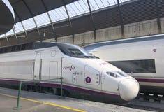 Nowożytny prędkość pociąg pasażerski w Seville obraz stock