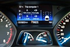 Nowożytny Samochodowy Wewnętrzny deska rozdzielcza widok Zdjęcie Stock