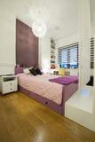 nowożytny sypialni wnętrze Zdjęcia Stock