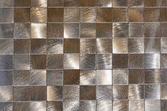 Nowożytny tło metali kawałki i czarny kontur Makro- strzelanina fotografia royalty free