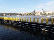 Nowożytnych theatre Prague mostu architektur drewniane średniowieczne budowy tworzy drewniane krypty zdjęcia royalty free