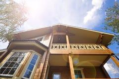 Nowożytna fasada drewniany dom Obrazy Royalty Free