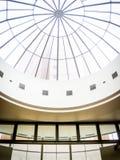 Nowożytna Szklanego sufitu architektura w centrum handlowym Obraz Stock