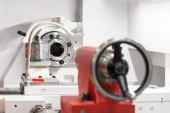 Nowożytna tokarska metalworking CNC maszyna Obraz Stock