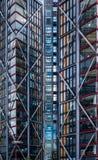 Nowożytni budynki mieszkaniowi na Thames Southbank Obrazy Royalty Free