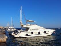 Nowożytni jachty, Volos, Grecja Zdjęcie Royalty Free