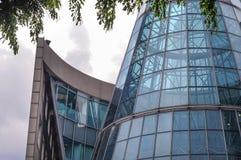 Nowożytni Singapur architektoniczni projekty w sad drodze Fotografia Royalty Free