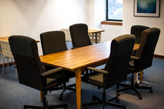 Nowożytny biurowy pokój konferencyjny Obrazy Royalty Free