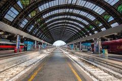 Nowożytny dworzec w Mediolan Zdjęcia Stock