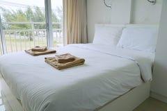 Nowo?ytny sypialni wn?trze luksusu dom fotografia stock
