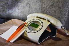nowożytny telefon imituje stary jeden Obrazy Royalty Free