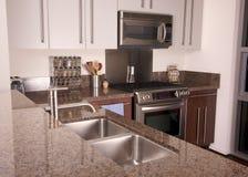 nowoczesna kuchnia mieszkanie. zdjęcia stock
