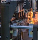 Nowoczesna technologia Plastikowy butelki fabrykować przemysłowy Obrazy Stock