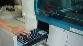Nowoczesna technologia szpitalny laborancki wyposażenie Laboranckiego asystenta działanie zbiory