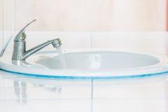 nowoczesny zlew w łazience Obraz Royalty Free