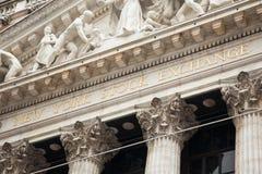 Nowojorska Giełda Papierów Wartościowych budynek w Manhattan Zlany sta - usa - obrazy stock
