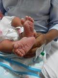 Nowonarodzone dziecko nogi Obrazy Royalty Free