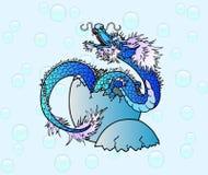 Nowonarodzony błękitny azjatykci smok na bąblu Fotografia Stock