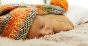 Nowonarodzony sypialny dziecko Zdjęcie Stock
