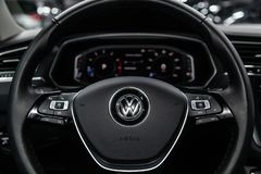 Nowosibirsk, Russland - 11. März 2019: Volkswagen Tiguan lizenzfreies stockfoto