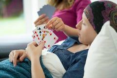 Nowotwór dziewczyny karta do gry Fotografia Royalty Free