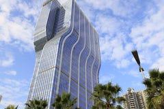 Nowy błękitny drapacz chmur lianfa grupa, adobe rgb Zdjęcia Royalty Free