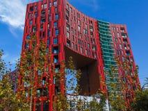 Nowy budynek budujący w Tirana zdjęcie royalty free