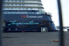 Nowy chorągwiany statku ` Mein Schiff 6 ` od Tui rejsów robi mię najpierw wezwaniu port Kiel Zdjęcia Royalty Free