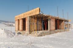 Nowy dom budowa w zimie Zdjęcie Stock