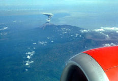 nowy Indonesia erupcji wulkanu Obrazy Royalty Free