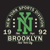Nowy Jork, Brooklyn - druku logo Graficzny projekt dla koszulki, sport odzież Typografia dla odziewa Bawi się podziału wektor Zdjęcie Stock