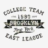 Nowy Jork, Brooklyn - kamuflaż typografia dla projekta odziewa, sportowa koszulka Grafika dla druku produktu, odzież wektor Obrazy Stock
