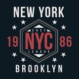 Nowy Jork, Brooklyn typografia dla koszulka druku Rocznik odznaka dla t koszulowego druku Uniwerku styl Obrazy Stock