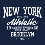 Nowy Jork, Brooklyn typografia, odznaka dla koszulka druku Uniwerek koszulki stylowe grafika Zdjęcia Royalty Free