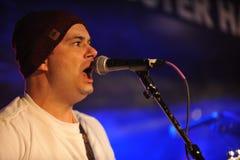 NOWY JORK LUTY 27: Muzyka grupowy Coverbrothers wykonuje na scenie podczas rosjanin skały festiwalu przy Webster Hall Obrazy Stock