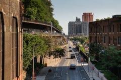 Nowy Jork miasto, usa,/- JUL 10 2018: 1 Hotelowy most brooklyński i zdjęcia royalty free