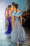 NOWY JORK, NY - WRZESIEŃ 06: Modele chodzą pas startowego przy kłamstwa SANGBONG lata 2015 kolekcją Fotografia Stock