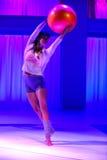 NOWY JORK, NY - WRZESIEŃ 03: Model wykonuje podczas Athleta pasa startowego przedstawienia Zdjęcie Stock