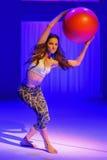 NOWY JORK, NY - WRZESIEŃ 03: Model wykonuje podczas Athleta pasa startowego przedstawienia Zdjęcia Stock