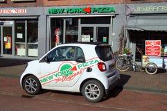 Nowy Jork pizzy ForTwo Mądrze doręczeniowy samochód Zdjęcia Stock