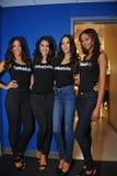 NOWY JORK, SIERPIEŃ - 08: Modela uszeregowanie zakulisowy przed Top Model Latina 2014 konkursem Zdjęcia Stock